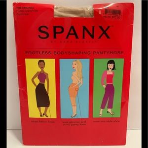 🆕 Spanx footless Pantyhose